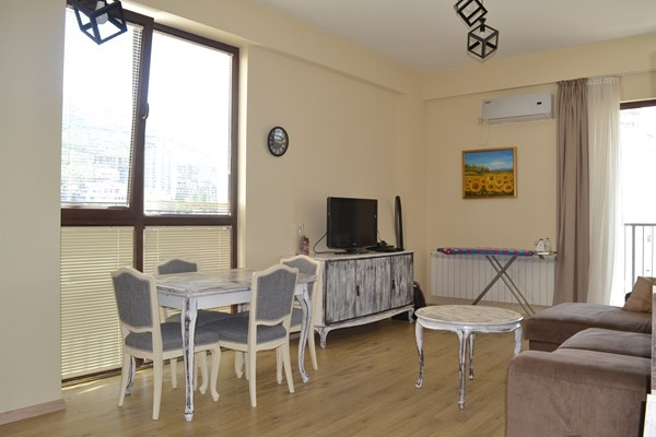 For rent: 75-1 Ilia Chavchavadze Avenue, Tbilisi