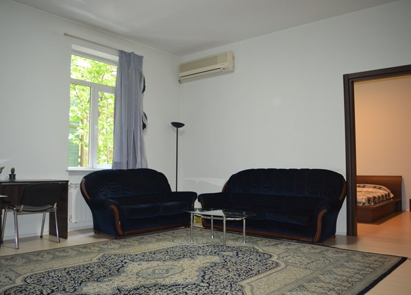 For rent: 55 Zakaria Paliashvili Street, Tbilisi