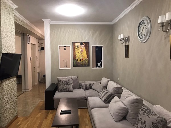 For rent: 72 Merab Kostava II Turn, Tbilisi
