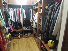 15 - wardrob room