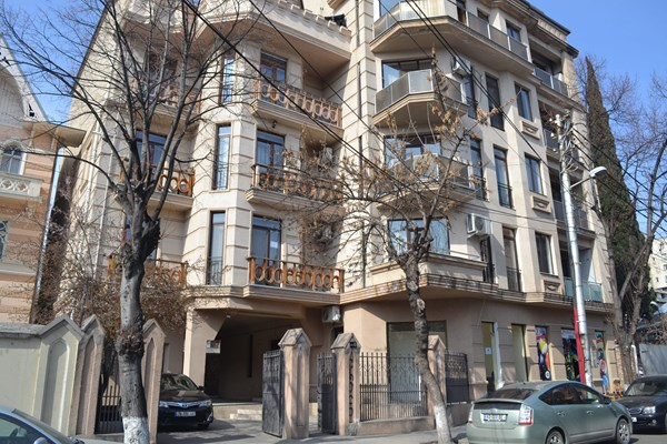 For rent: 4 Ia Kargareteli Street, Tbilisi