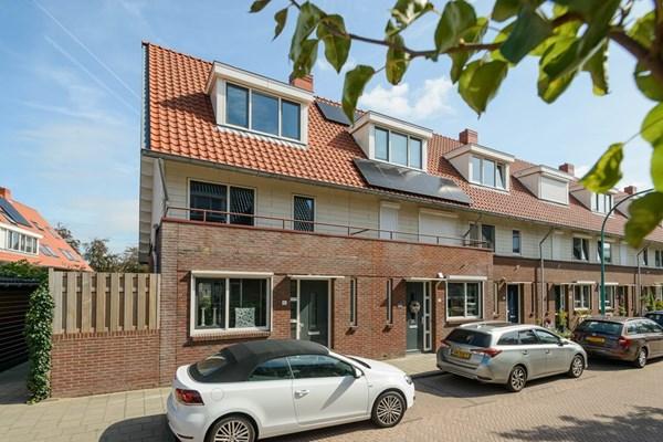 Fop Smitstraat 85, Alblasserdam