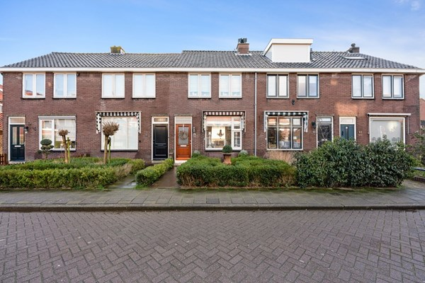 Von Lindernstraat 15, Alblasserdam