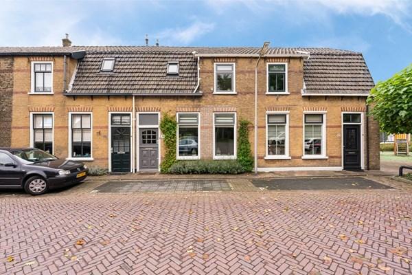 Oranjestraat 64, Alblasserdam