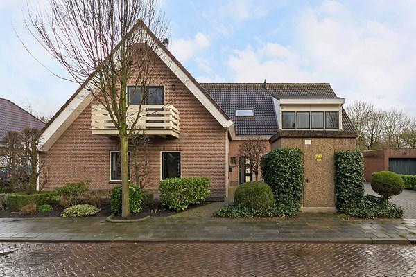 Te koop: Prins Bernhardstraat 10, 3258 AT Den Bommel