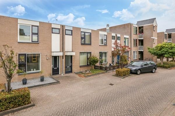 Pastoor Van Der Zijlestraat 25, Waalwijk