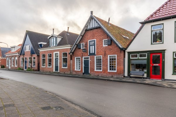 Property photo - Stationsstraat 4, 9843AD Grijpskerk